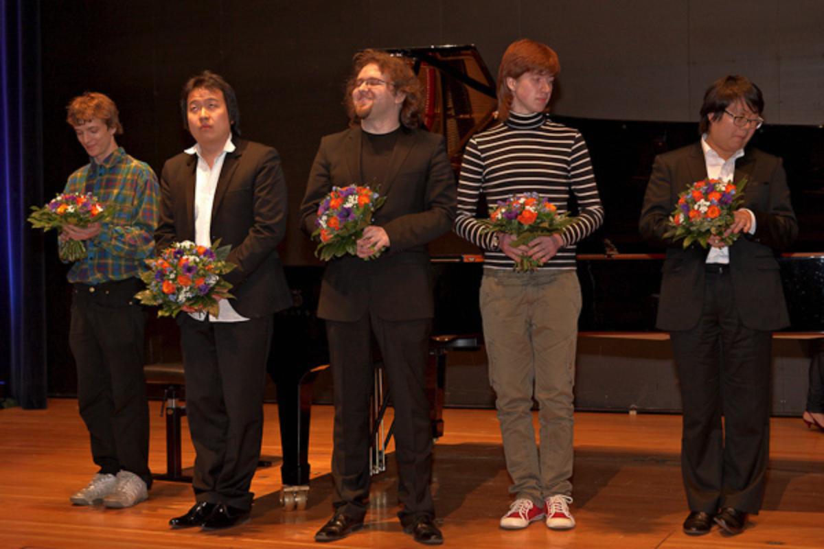 3 | 13. Internationaler Klavierwettbewerb 2011